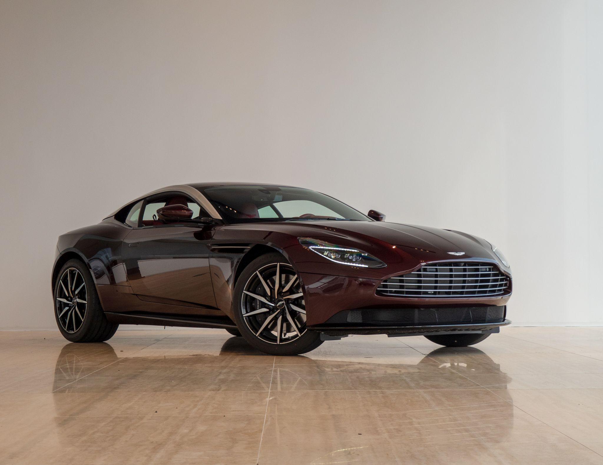 Db 11 V8 Coupe Divine Red Aston Martin Bucharest